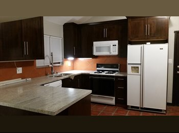 EasyRoommate US - Charming 1 bedroom Guest House for rent, Reseda - $1,200 pm