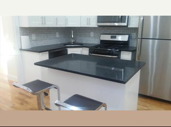 EasyRoommate US - Spacious 3 bedroom for rent with 2 bathrooms, Cypress Hills - $1,000 pm