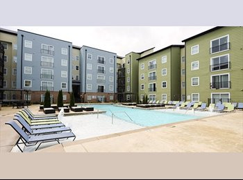 EasyRoommate US - One bedroom and bath, I am willing to  pay $100 of Junes rent!, Kennesaw - $659 pm