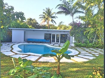 EasyRoommate US - room for rent in beautiful modern gated pool home - central location, North Miami - $950 pm