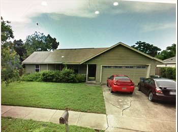 EasyRoommate US - Serious Student or Professional in Quite Neighborhood, Oviedo - $550 pm