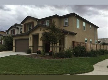 EasyRoommate US - Rooms for rent in a beautiful home on a large cul de sac corner lot, Roseville - $600 pm