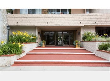 EasyRoommate US - Great location with balcony in Century City , Rancho Park - $1,200 pm