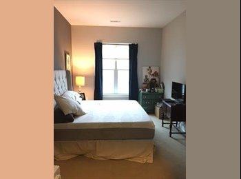 EasyRoommate US - Master Bedroom with En-suite in Luxury 2BR/2BA, Medford Street / The Neck - $1,373 pm