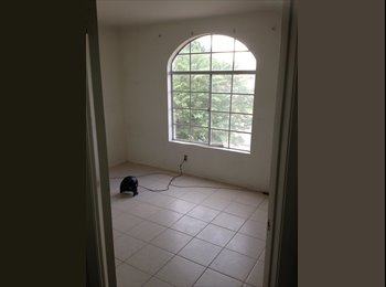 EasyRoommate US - Large room for rent, near shopping mall and college., Moreno Valley - $600 pm