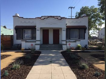 EasyRoommate US - Newly remodeled, close to USC, 2 Bed 2 Bath, Leimert Park - $1,100 pm