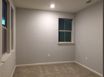 EasyRoommate US - Room for Rent with private bathroom, South San Jose - $1,000 pm