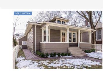 EasyRoommate US - Royal Oak Home, Royal Oak - $850 pm