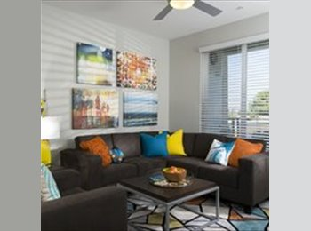 EasyRoommate US - Shared room available to lease for June & July at blvd63. – $675, College East - $675 pm