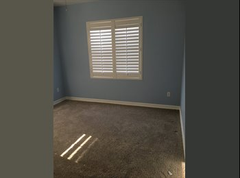 EasyRoommate US - Rooms for rent in a quiet neighborhood, Spring Valley - $850 pm