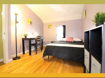 EasyRoommate US - The Prefect Room Available in a 3 bedroom/ 1 bath/ + living room, West End - $1,340 pm