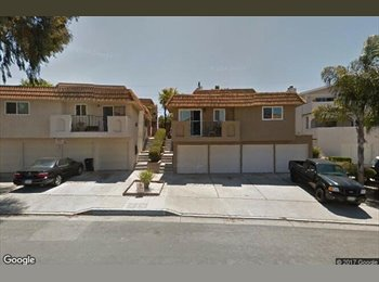 EasyRoommate US - room for rent in beach city, San Clemente - $900 pm