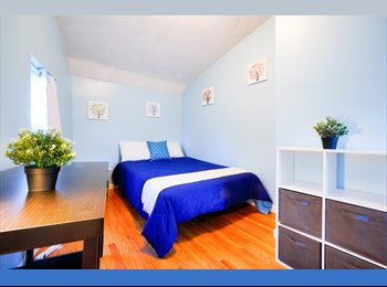 EasyRoommate US - Kendall Square Room Available in a 3 bedroom / 1 bath/ + living room, West End - $1,440 pm