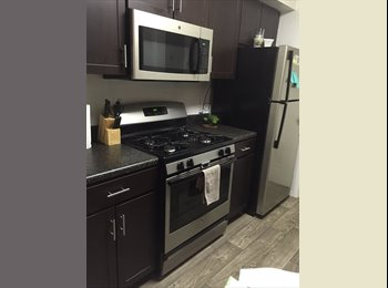 EasyRoommate US - Master Bedroom in 3/2 apartment, Goldenrod - $775 pm