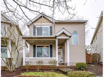 EasyRoommate US - Two Rooms Available in a Roomy House, Corvallis - $800 pm