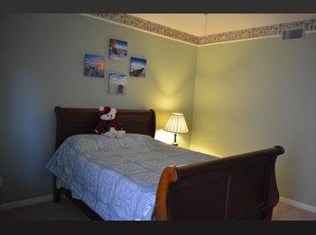 EasyRoommate US - Fully Renovated 3 bedroom 2 bathroom !  Santa Monica, Mid-City - $800 pm