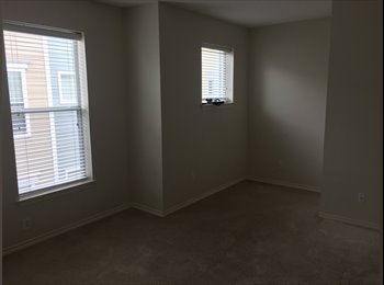 EasyRoommate US - Master Bedroom/Bathroom for rent $1100, Uptown - $1,100 pm