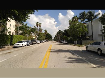 EasyRoommate US - Looking for roomate, Miami Beach - $700 pm