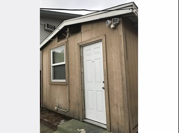 EasyRoommate US - Detached Room/Private bathroom, Whittier - $800 pm