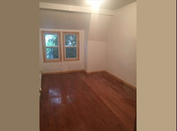EasyRoommate US - 2BR House on 3rd Floor available at Jackson Height 78th street, Jackson Heights - $2,100 pm