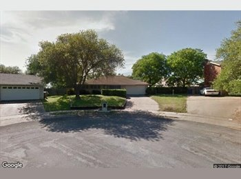 EasyRoommate US - ROOMS AVAILABLE, North Lamar - $400 pm