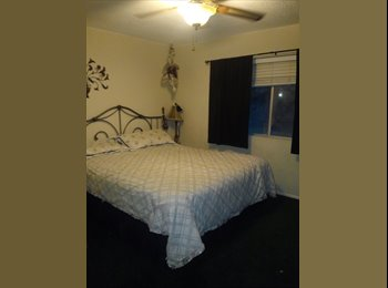 EasyRoommate US - Master Bedroom with Private Bath, Placentia - $950 pm