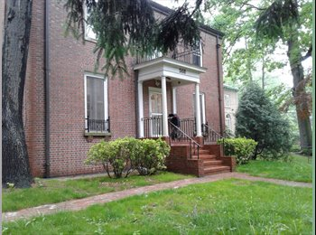 EasyRoommate US - Gorgeous, peaceful furnished room in Riverdale $900/mo all incl., North Riverdale - $1,000 pm