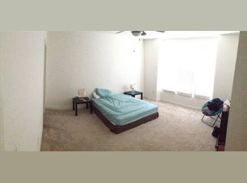 EasyRoommate US - $900/month, room available June-Nov 2017 (Southend), Brookhill - $900 pm