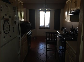 EasyRoommate US - Room for Rent in a great location , Glendale - $500 pm