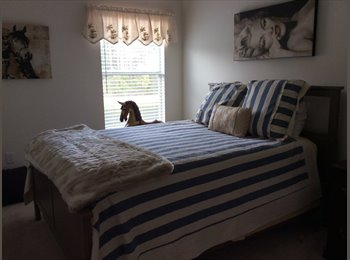 EasyRoommate US - Bartram Park.  Great location, Greenland - $700 pm