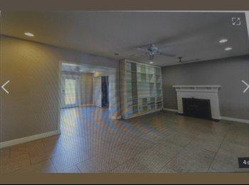 EasyRoommate US - Room for rent, Encanto Village - $550 pm