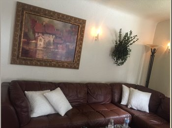 EasyRoommate US - ROOM IN BEST PART OF SAN JOSE /DOWNTOWN WILLOW GLEN, Broadway-Palmhaven - $1,500 pm