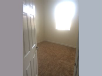 EasyRoommate US - Room for rent, Homestead - $800 pm