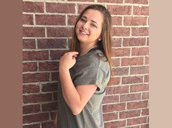 EasyRoommate US - Kaylee - 21 - Fort Collins