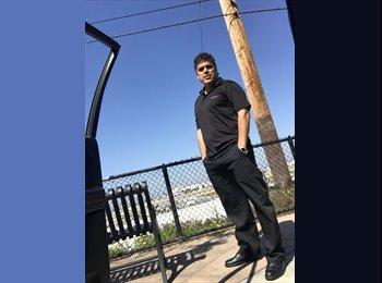 EasyRoommate US - Miguel - 40 - Culver City