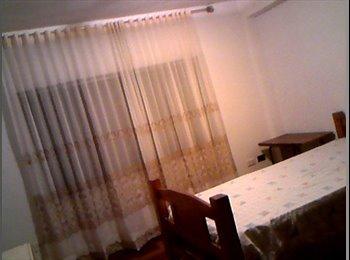 CompartoApto VE - Se alquila habitación a caballero.   , Caracas - BsF 50.000 por mes
