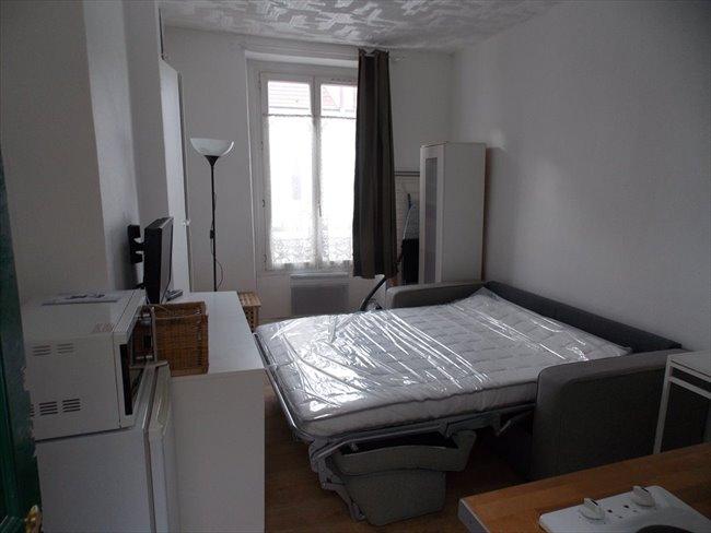 colocation le pr saint gervais studio en location meubl e m hoche appartager. Black Bedroom Furniture Sets. Home Design Ideas