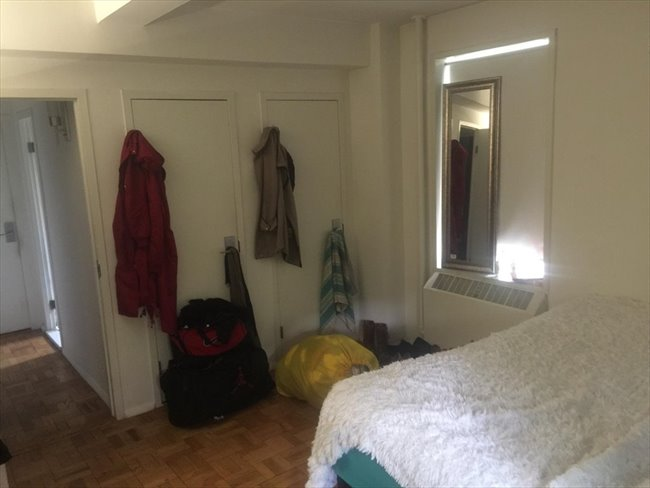 Room for rent in peter cooper village huge bedroom in for Peter cooper village rent