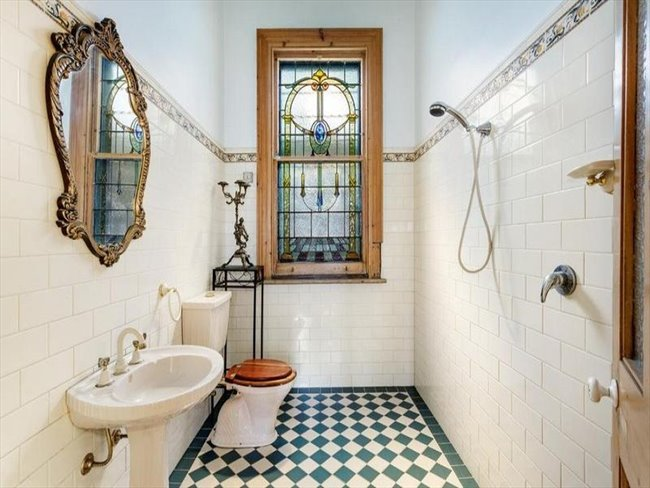 Room to rent in Melbourne - 1 ROOM AVAILABLE IN THIS SPECTACULAR HERITAGE LISTED MANSION IN THE HEART OF TOWN! - Image 2
