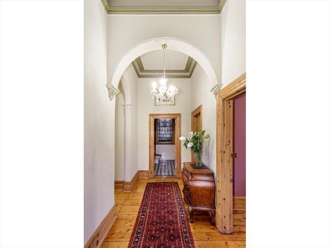 Room to rent in Melbourne - 1 ROOM AVAILABLE IN THIS SPECTACULAR HERITAGE LISTED MANSION IN THE HEART OF TOWN! - Image 4