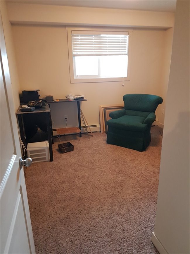 Room for rent in Edmonton - Roommate Needed For April  - Image 4