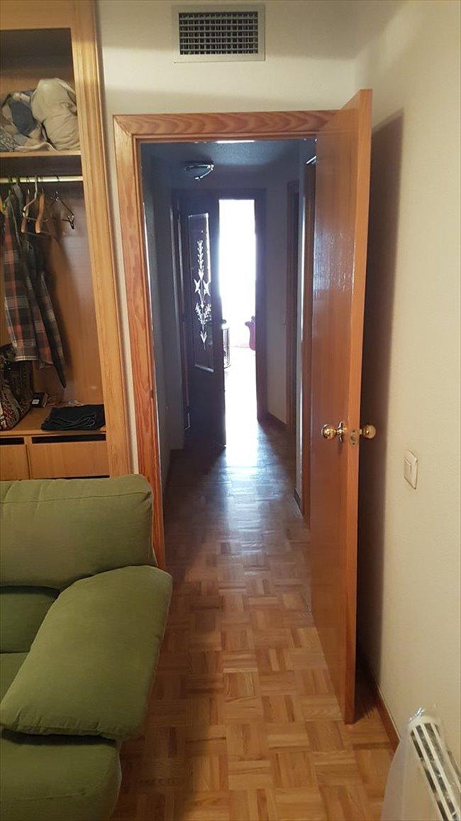 Piso Compartido en San Fernando De Henares - Se busca compañero de piso en habitacion libre | EasyPiso - Image 2