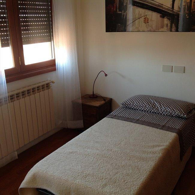 Stanze e Posti Letto in Affitto - Casilino Prenestino - appartamento per musicisti | EasyStanza - Image 4