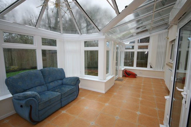 Room to rent in Whitehaven - Large Furnished En-suite Room In Spacious House - Bills included - Very Nice House - Image 3