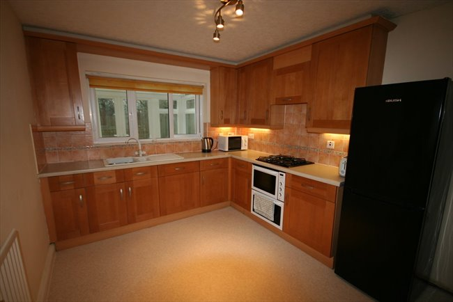 Room to rent in Whitehaven - Large Furnished En-suite Room In Spacious House - Bills included - Very Nice House - Image 7