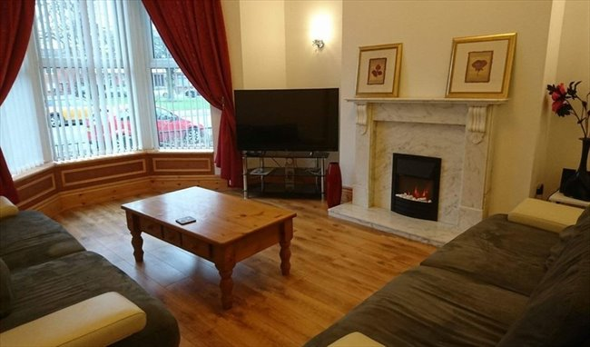 Room to rent in Carlisle - Lovely Victorian Townhouse close to City Centre - Image 1