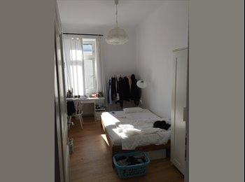 EasyWG AT - helles Zimmer in renovierter Stilaltbauwohnug -2er WG, Wien - 470 € pm