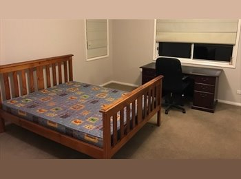 EasyRoommate AU - Large, private room available, Gordon - $200 pw