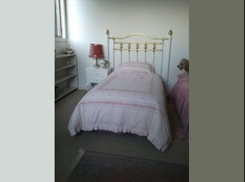 EasyRoommate AU - Lovely Room in Bright, Clean Home, Hobart - $190 pw