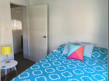 EasyRoommate AU - The Hill room to sublet furnished, Newcastle - $190 pw